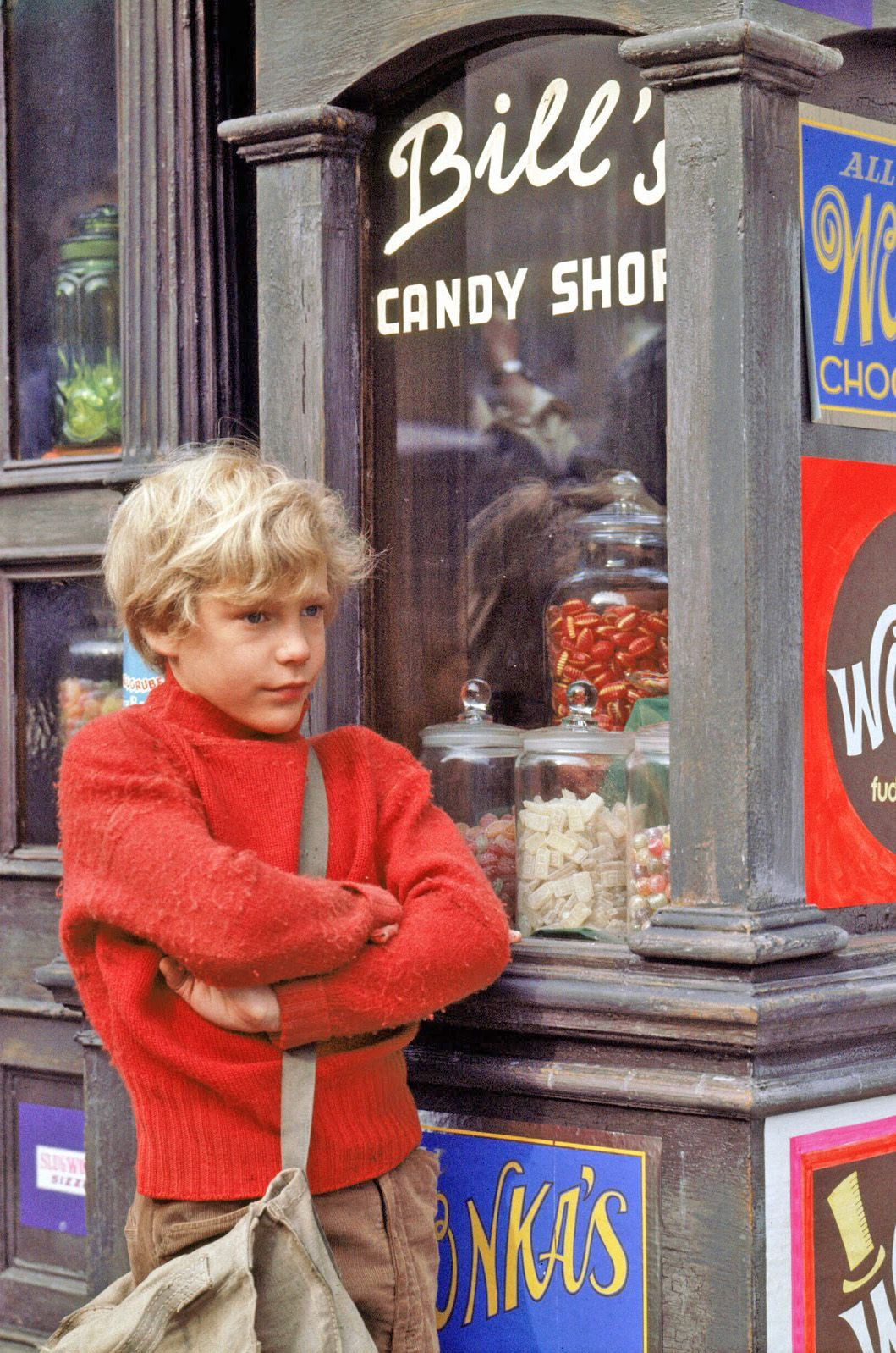 Willy Wonka & the Chocolate Factory 1971 Film The story of Charlie ...
