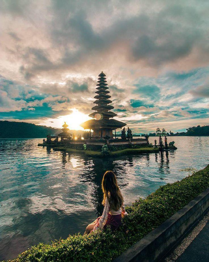 Enjoy the beautiful sunrise at Ulun Danu Bratan Temple, #Bali, #Indonesia  Photo...