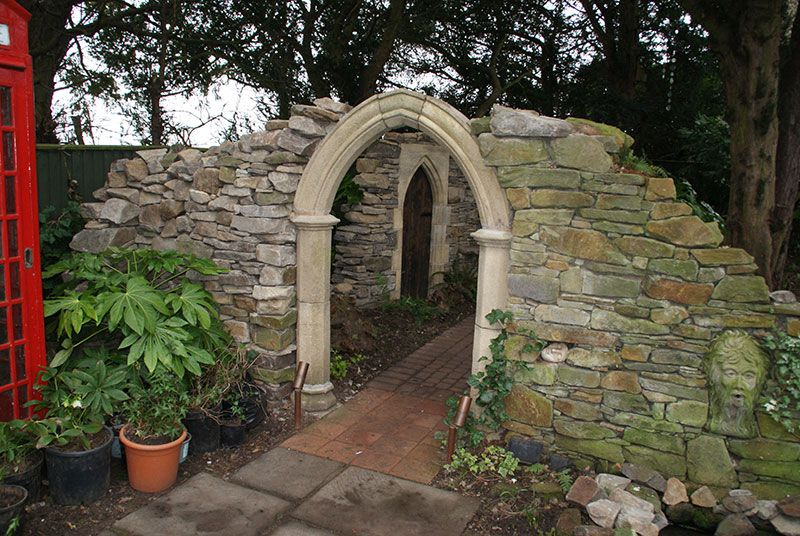 Dry Stone Walled Folly | Style Earth | Ken and Carol ...