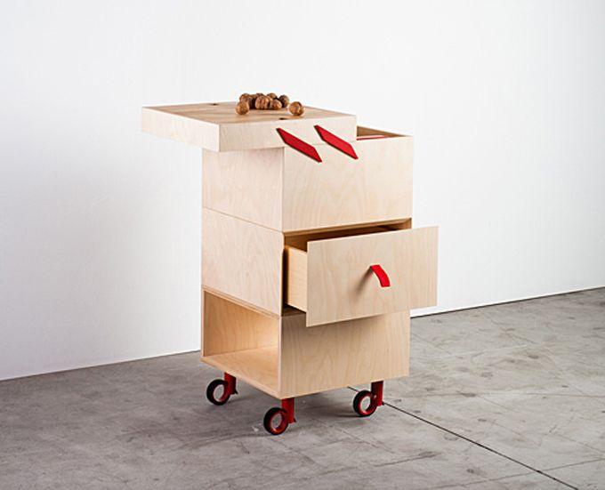 ole 39 ist ein rollbarer container in zwei gr en der vor allem f r die nutzung in der k che. Black Bedroom Furniture Sets. Home Design Ideas
