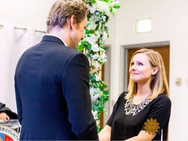 Kristen Bell S Wedding Dress Was Actually Black Pants Kristen Bell Wedding Kristen Bell And Dax Wedding Photo Sharing