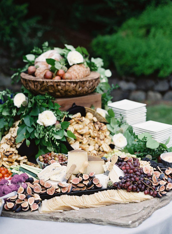 Chic Backyard Wedding In Washington | Wedding food ...