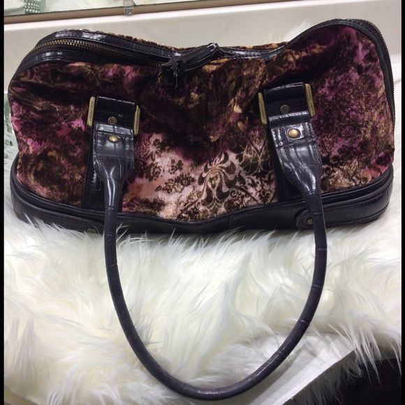 Liz Claiborne vintage-look satchel Dark brown and maroon paisley patter with calf-hair texture. 2-zip top, very roomy, very light wear. Liz Claiborne Bags Satchels