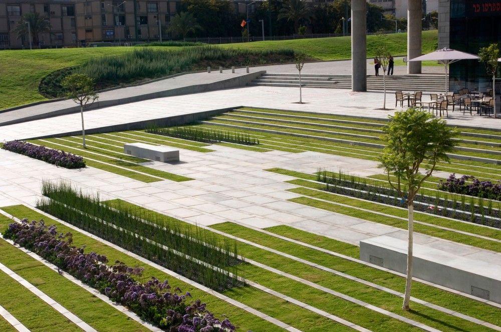 BGU University Entrance Square  Art Gallery / Chyutin Architects - diseo de jardines urbanos