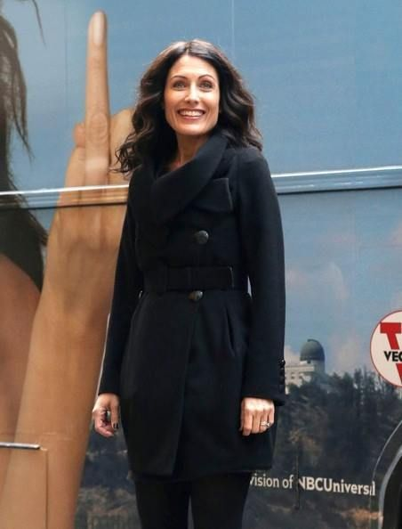 Lisa Edelstein promotes 'Girlfriends' Guide to Divorce' - Dec. 1, 2014, NYC