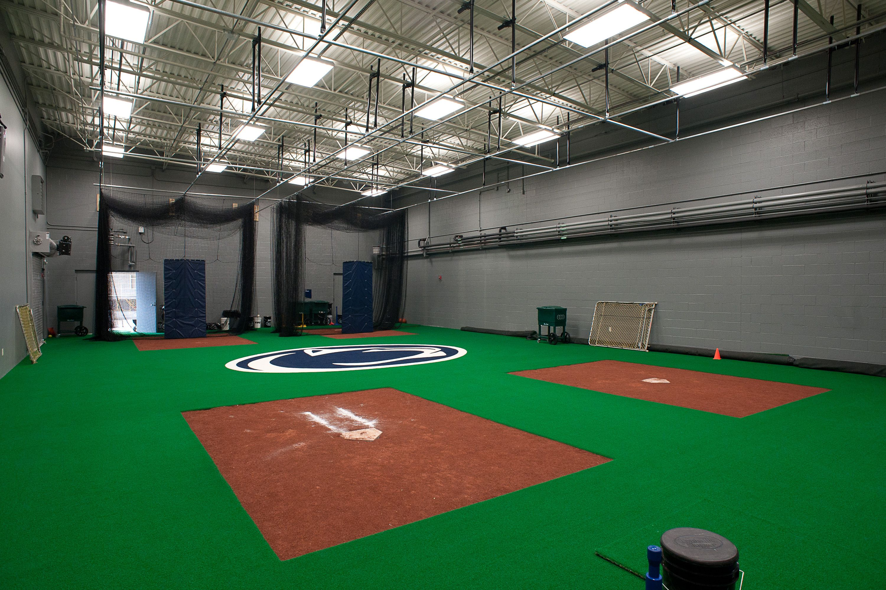 Amazing Indoor Baseball Facility By Kodiak Sports Batting Cages Indoorturf Syntheticturf Brewers