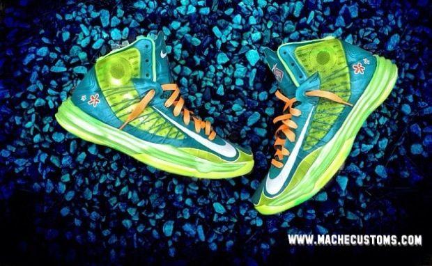 428bfaff0f696 Nike Hyperdunk