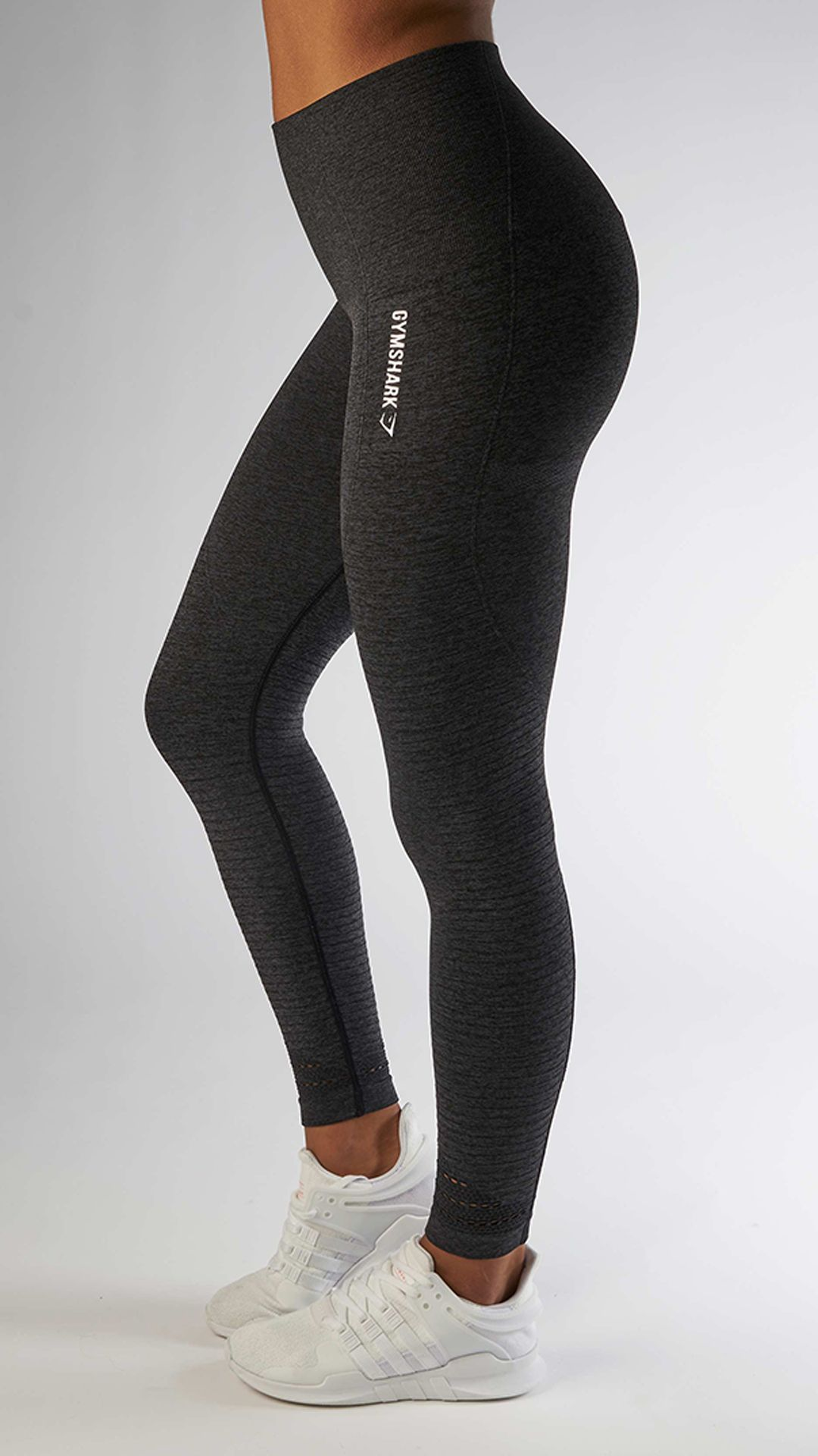 e04c1511cc9ca9 With their stunning and form fitting shape, the Seamless High Waisted  leggings in black are
