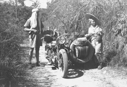 Justine Tibésar: de Vietnam a Bélgica en moto en 1931 | mujeresviajeras.com
