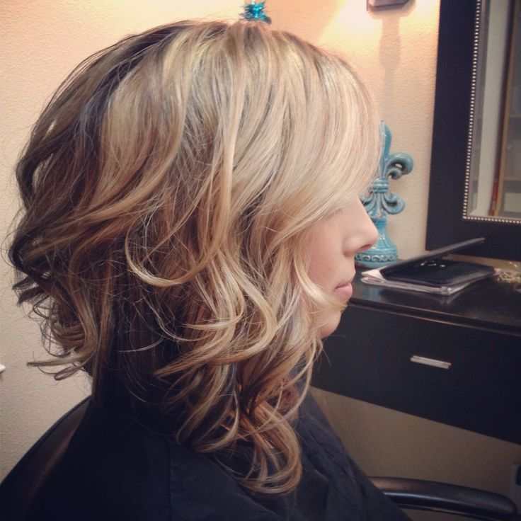 13 Delightful Wavy/Curly Bob Hairstyles for Women - Bob Hairstyles ...