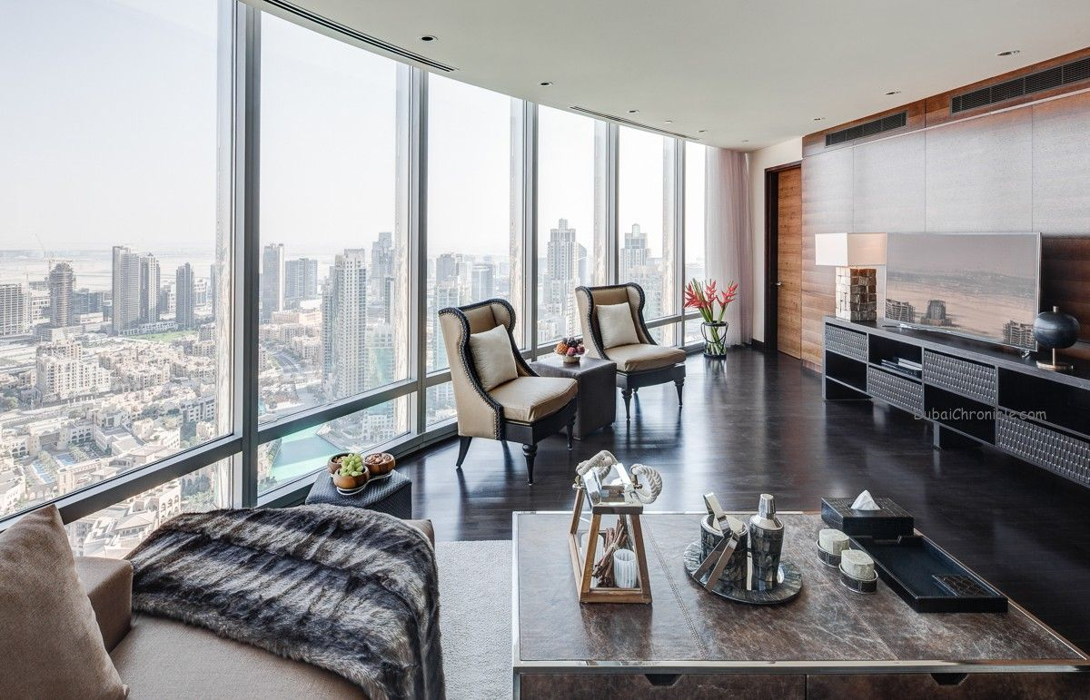 2 bedroom apartment in burj khalifa living area