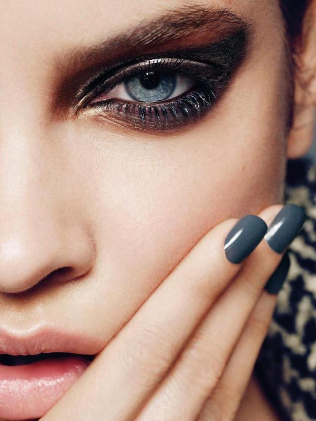 make-up class: HOW TO TRANSFORM YOUR EYES http://bellamumma.com/2012/05/transform-your-eyes.html?utm_campaign=coschedule&utm_source=pinterest&utm_medium=nikki%20yazxhi%20%40bellamumma&utm_content=make-up%20class%3A%20HOW%20TO%20TRANSFORM%20YOUR%20EYES #beautyinsider #howto