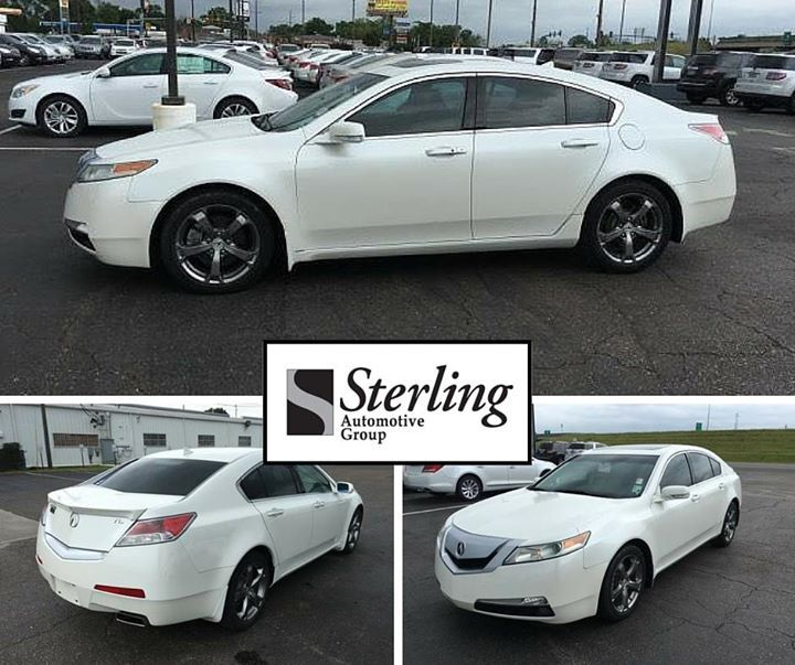 This 2011 Acura TL Is Priced To Move At Just $20988. Stop