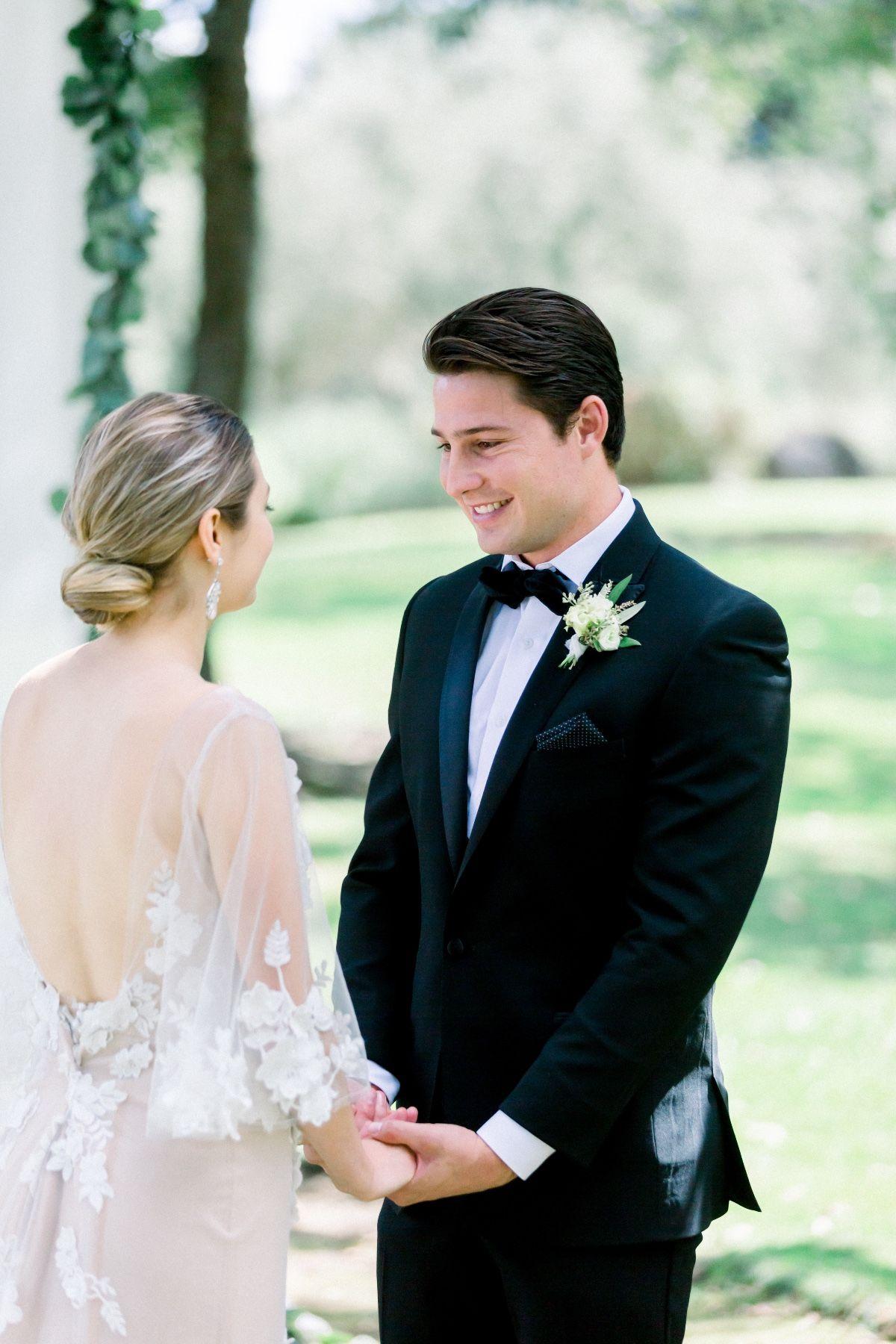 Tips For Planning Your Tiny Wedding In 2020 Tiny Wedding Wedding Bridal Inspiration