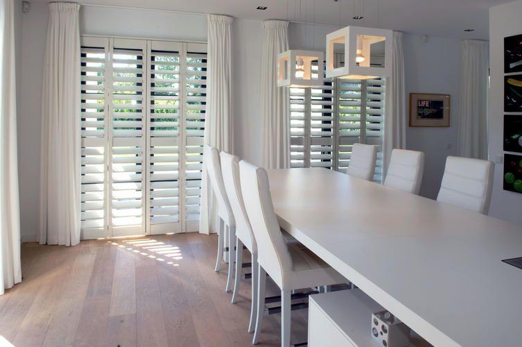 houten jaloezieen wit - google zoeken | interior / living, Deco ideeën