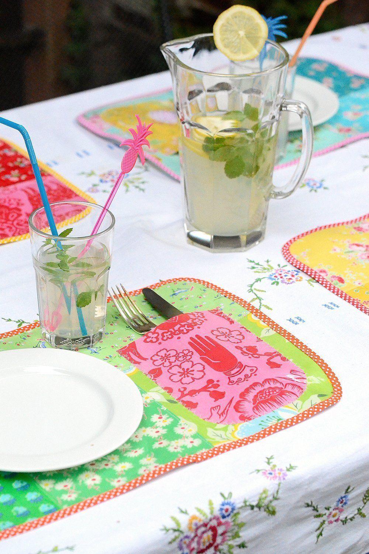 DIY Anleitung: Ein Patchwork-Tischset aus Wachstuch nähen #tischsetnähen