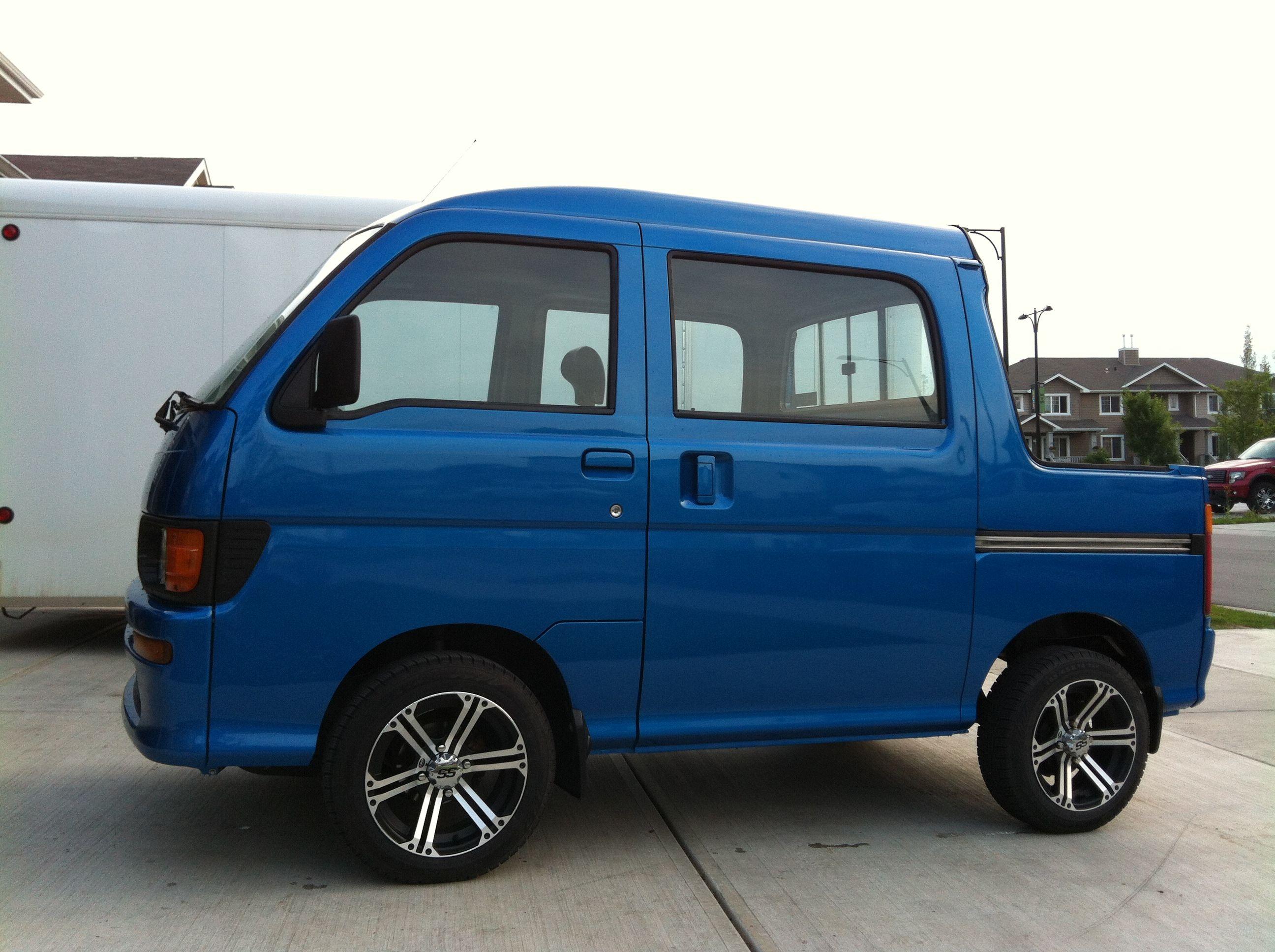 Daihatsu Deck Van Img 1008 Jpg Img 1008 Jpg 11806 Daihatsu Mini Trucks Suzuki Carry