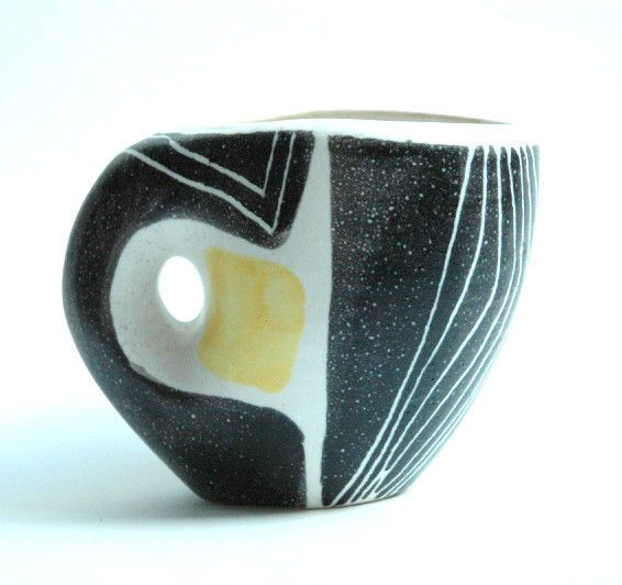 vase mado jolain vallauris ceramics pinterest vallauris vase et superbe. Black Bedroom Furniture Sets. Home Design Ideas