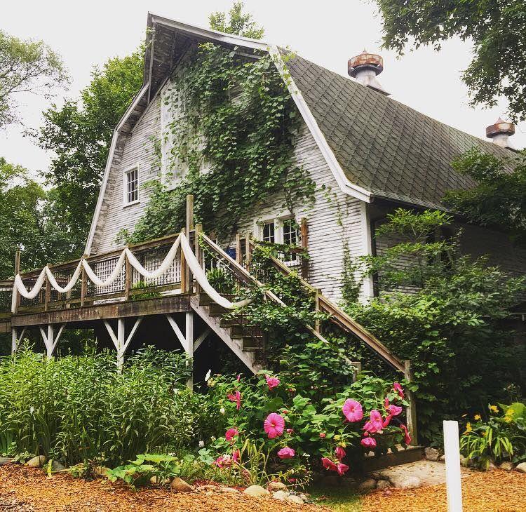#barnwedding #weddingbarn | Michigan wedding venues, Barn ...