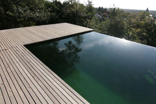 3 Floor House With Amazing Staircase And Infiniti Pool Infinity Pool Backyard Pool Houses House Staircase