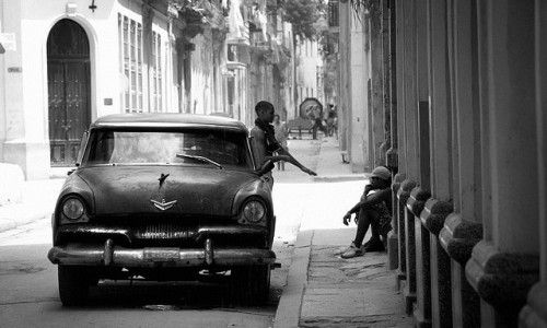 a L'Avana con cinque libri