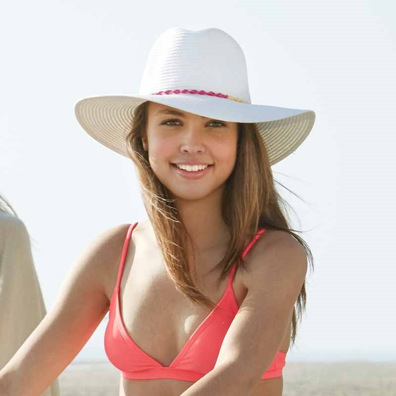 Panama Jack Women s Straw Hats-- I am on a hunt to find this hat  somewhere!!  PanamaJack costumer service dept is worthless! 42d8c00b8