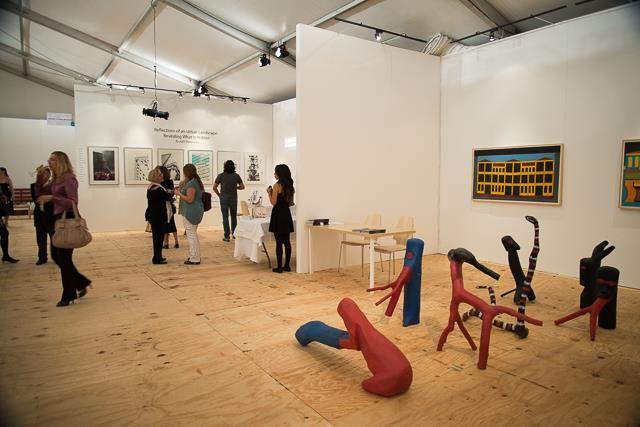 Stand da Galeria Estação na Brazil ArtFair