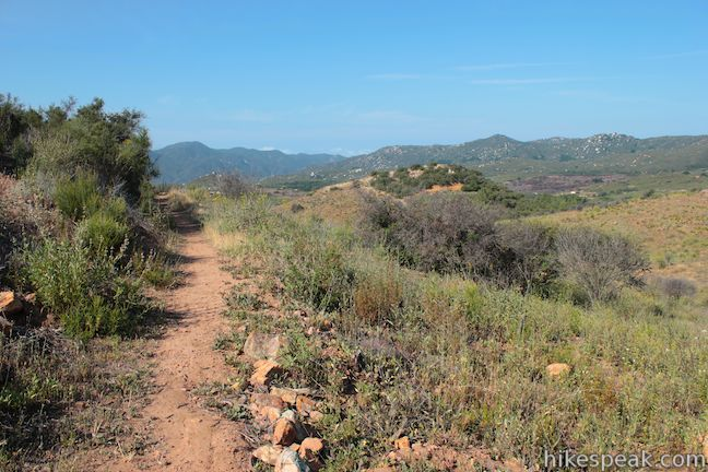 El Cariso Nature Trail: description, photos, GPS map and directions ...