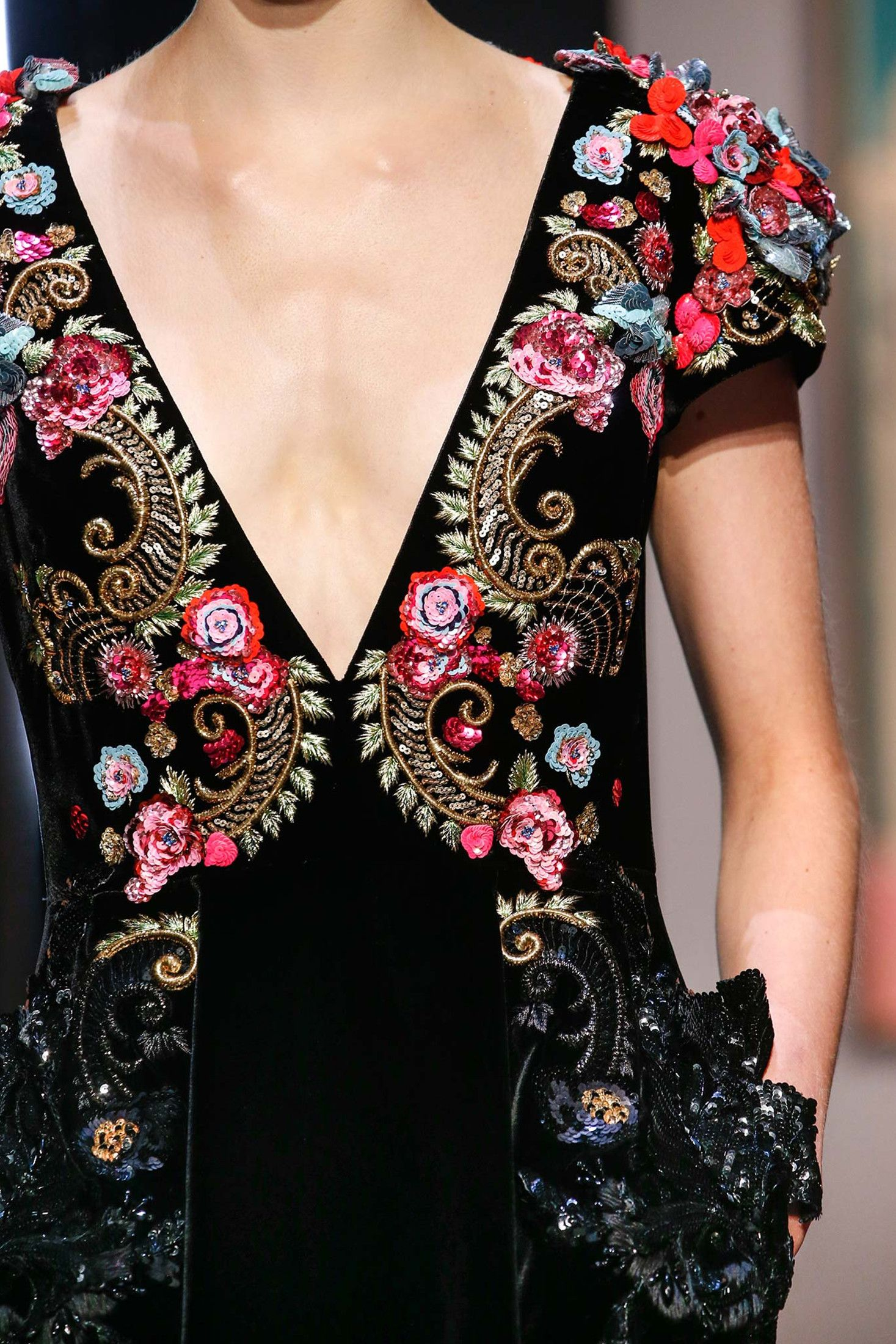 Schiaparelli Fall 2015 Couture