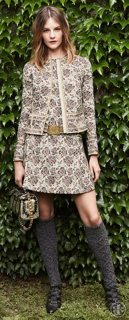 Master matching — wear an intricate floral top to bottom on clean silhouettes   Tory Burch Fall 2014