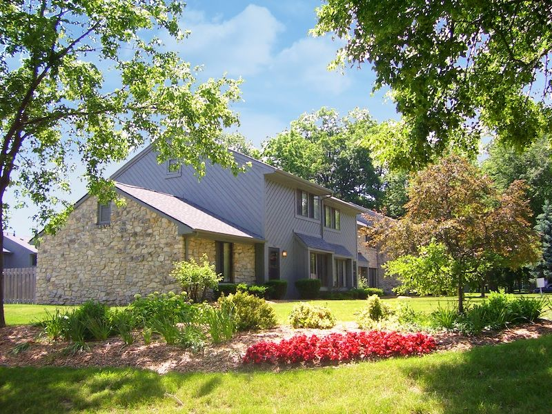 Woodlake Apartments of Indianapolis Indiana offers 1,2 and