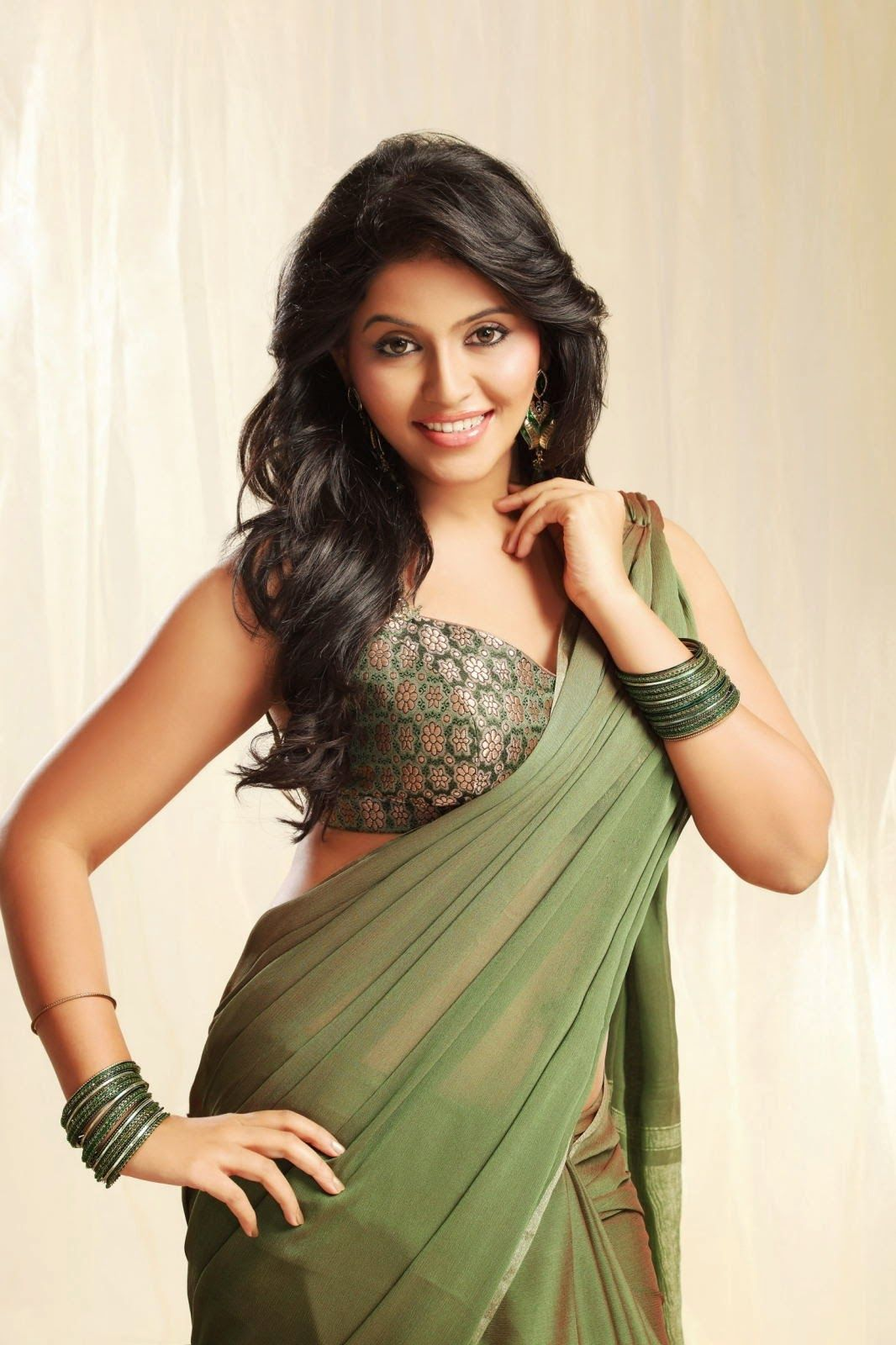Telugu Actress Hot Images Gallery - Starspy.in
