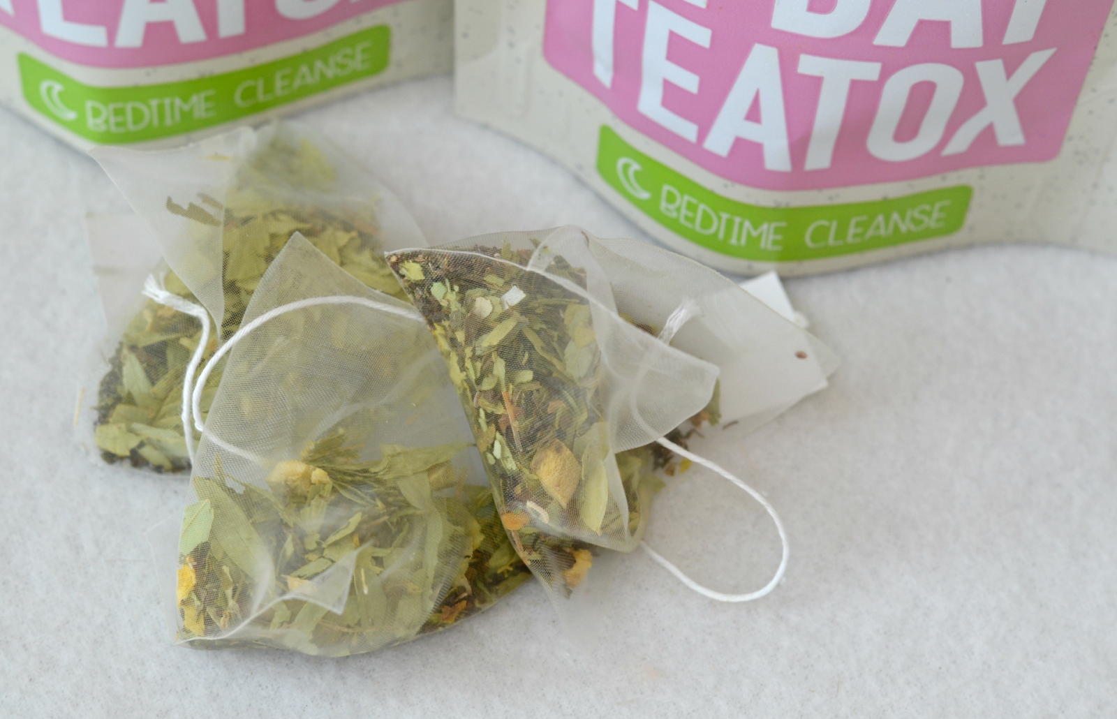 London Beauty Queen: BooTea Cleansing Detox Teas: Are They Really Worth The Hype?