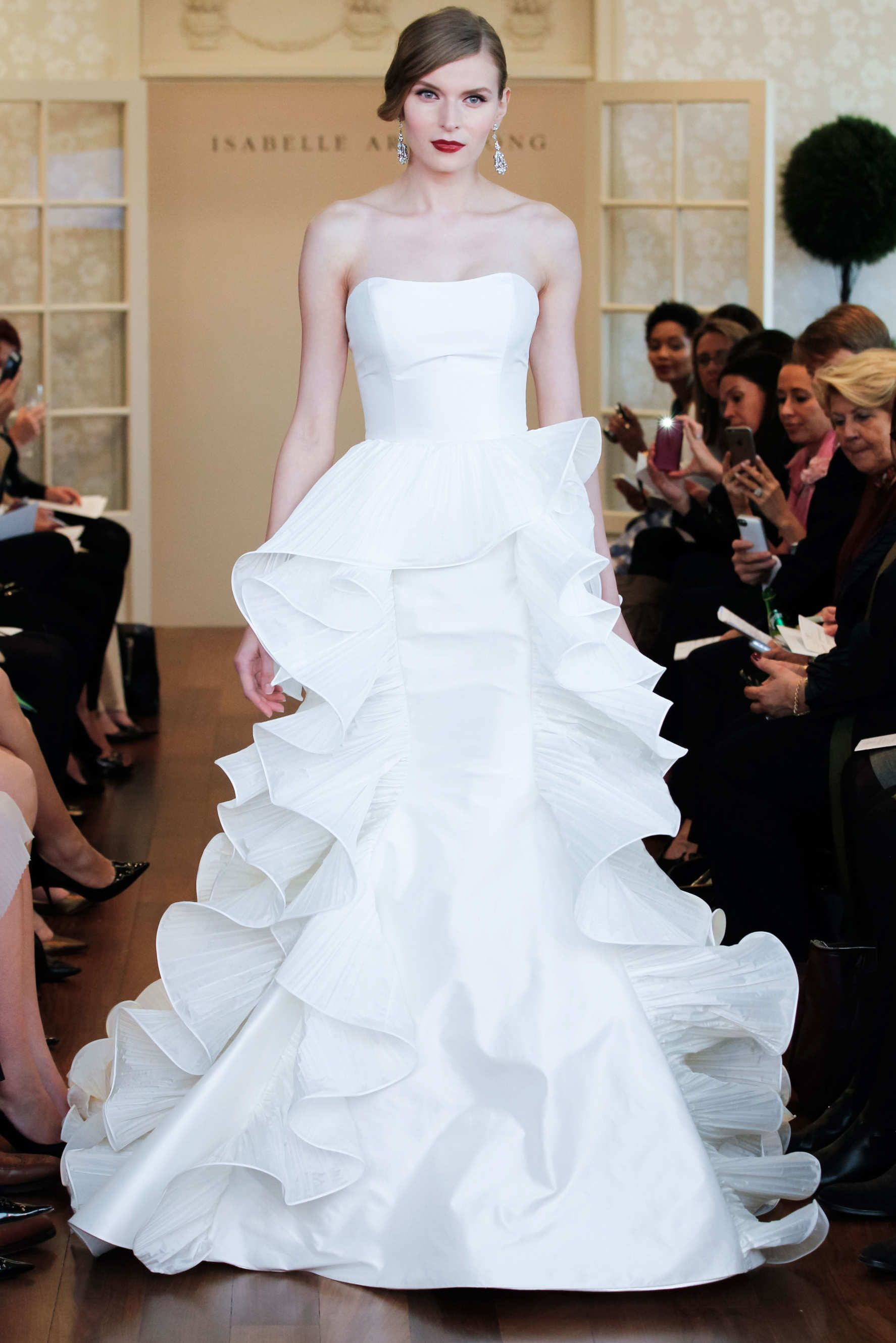 Isabelle Armstrong Fall 2015 Bridal