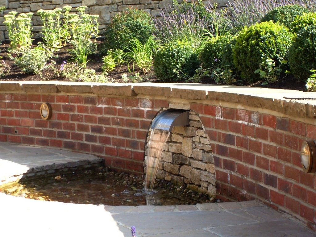 Brick garden wall designs water water everywhere for Curved garden wall designs