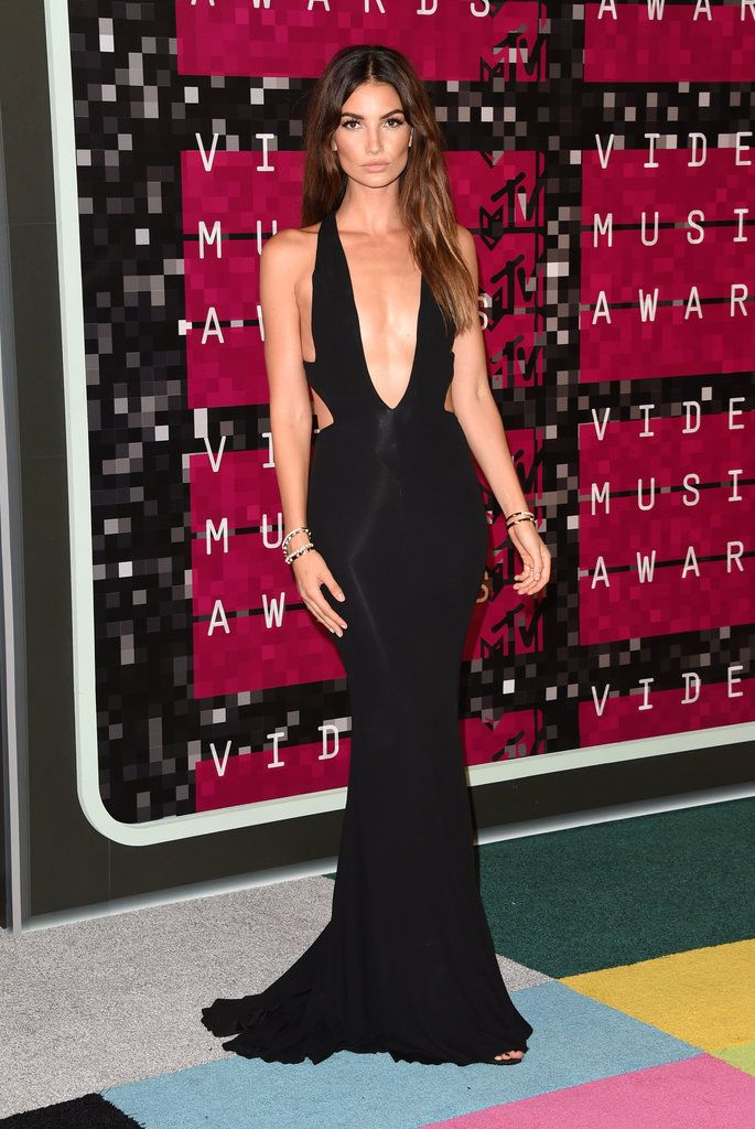 Lily Aldridge wore Alexandre Vauthier to the MTV Video Music Awards 2015.