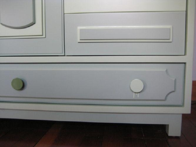 shoe cabinet detail