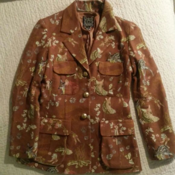 Cynthia Rowley fawn blazer Vintage Cynthia Rowley blazer. Features adorable deer! 3 brass buttons on front and 2 large 2 small pockets. Back has pleat and buttons as well. Super cute! euc. Looks brand new. Cynthia Rowley Jackets & Coats Blazers