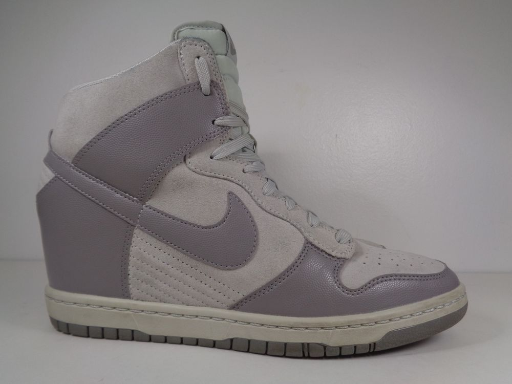 baff747e7c6d Women s Nike Air Dunk Ski High Athletic shoes size 11 US 528899-005  Nike   Running
