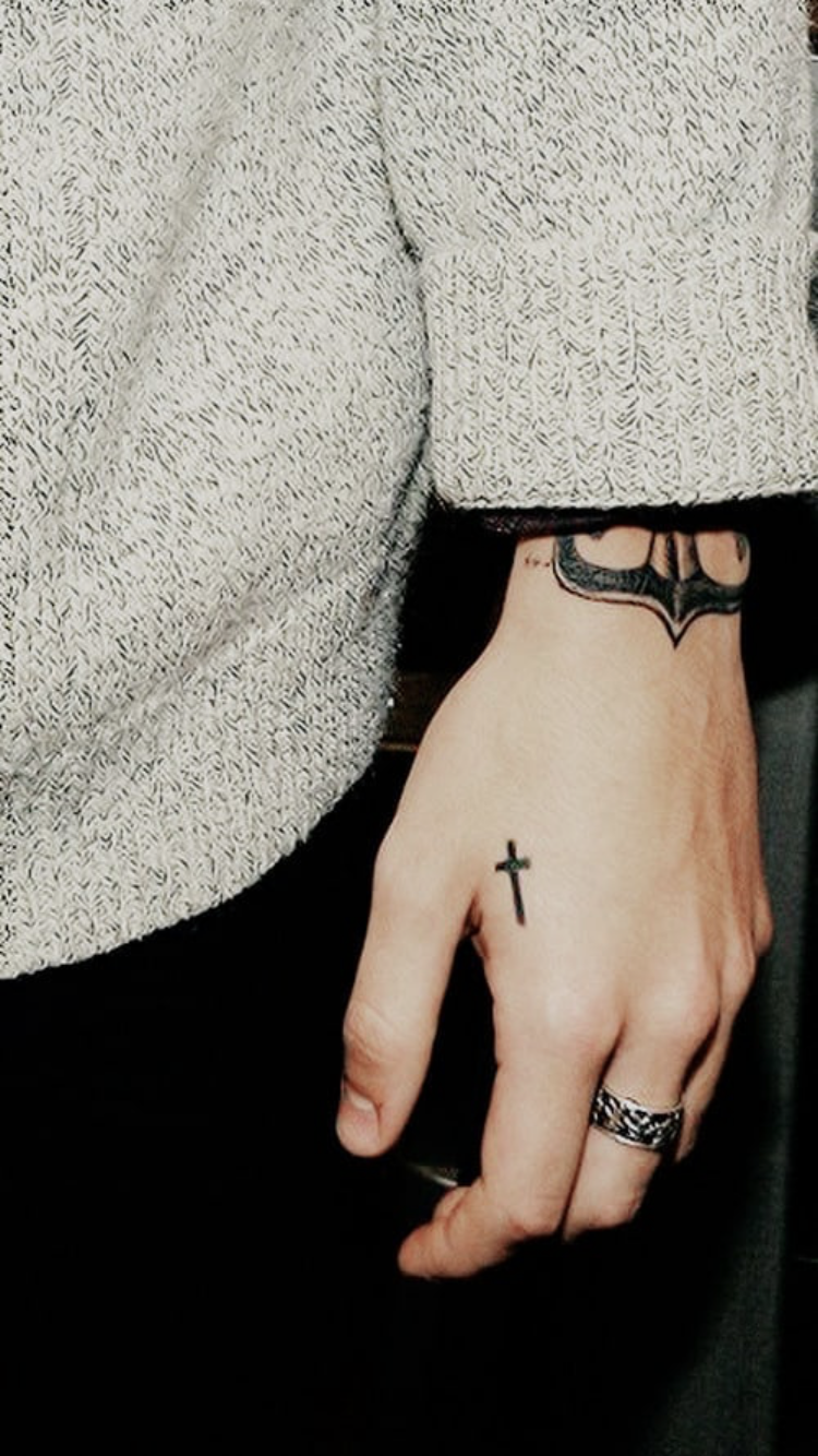 Beautiful Detail Harry Styles Tattoos Harry Styles Hands Harry Styles Dimples