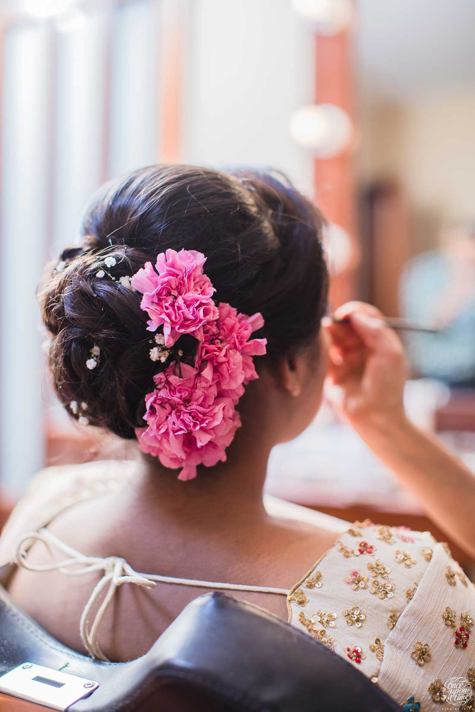 Exquisite Nri Gujarati Wedding In Kenya Shaadiwish Indianbride Bridalhairstyle Hairstyleideas In 2020 Bridal Hair Inspiration Bridal Hair Indian Wedding Hairstyles