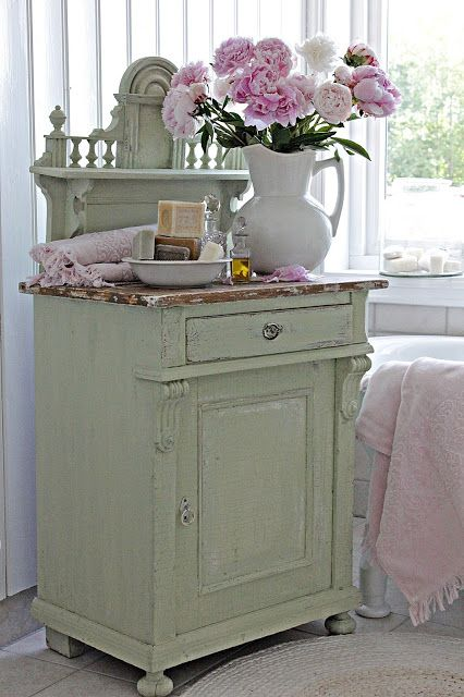 VIBEKE DESIGN For My Place Pinterest Shabby, Paint furniture