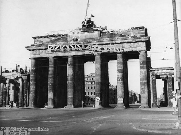 Ghdi Image Brandenburg Gate Berlin Winged Horse