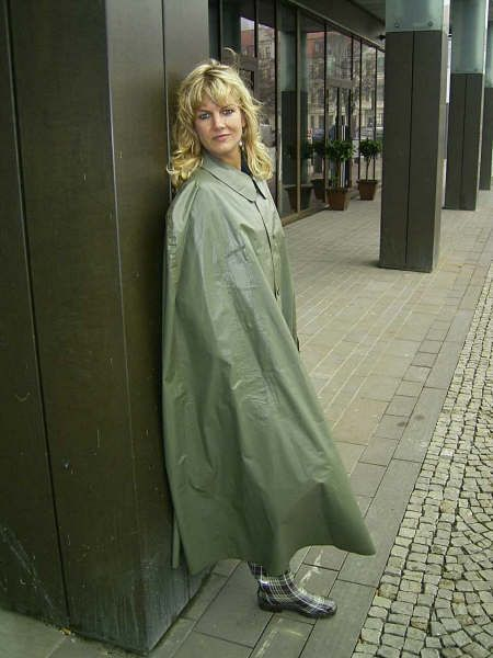 Green Rubber Cape Rubber Lined Satin Mackintosh Capes