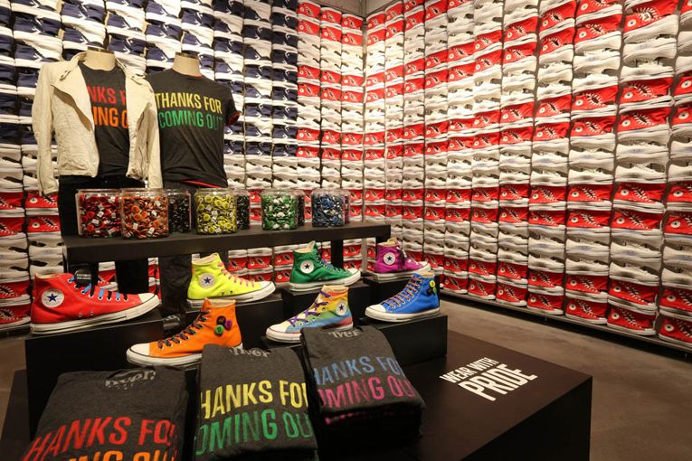 amargo Franco licencia  san francisco: converse flagship store opening - superfuture | Retail  design, Retail store design, Shop design