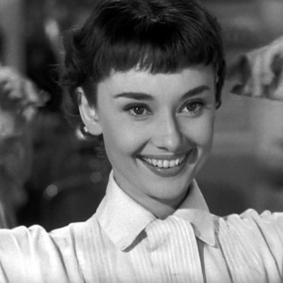 Pin By Jacqueline Young On Micro Bangs Audrey Hepburn Roman Holiday Roman Holiday Hairstyles With Bangs