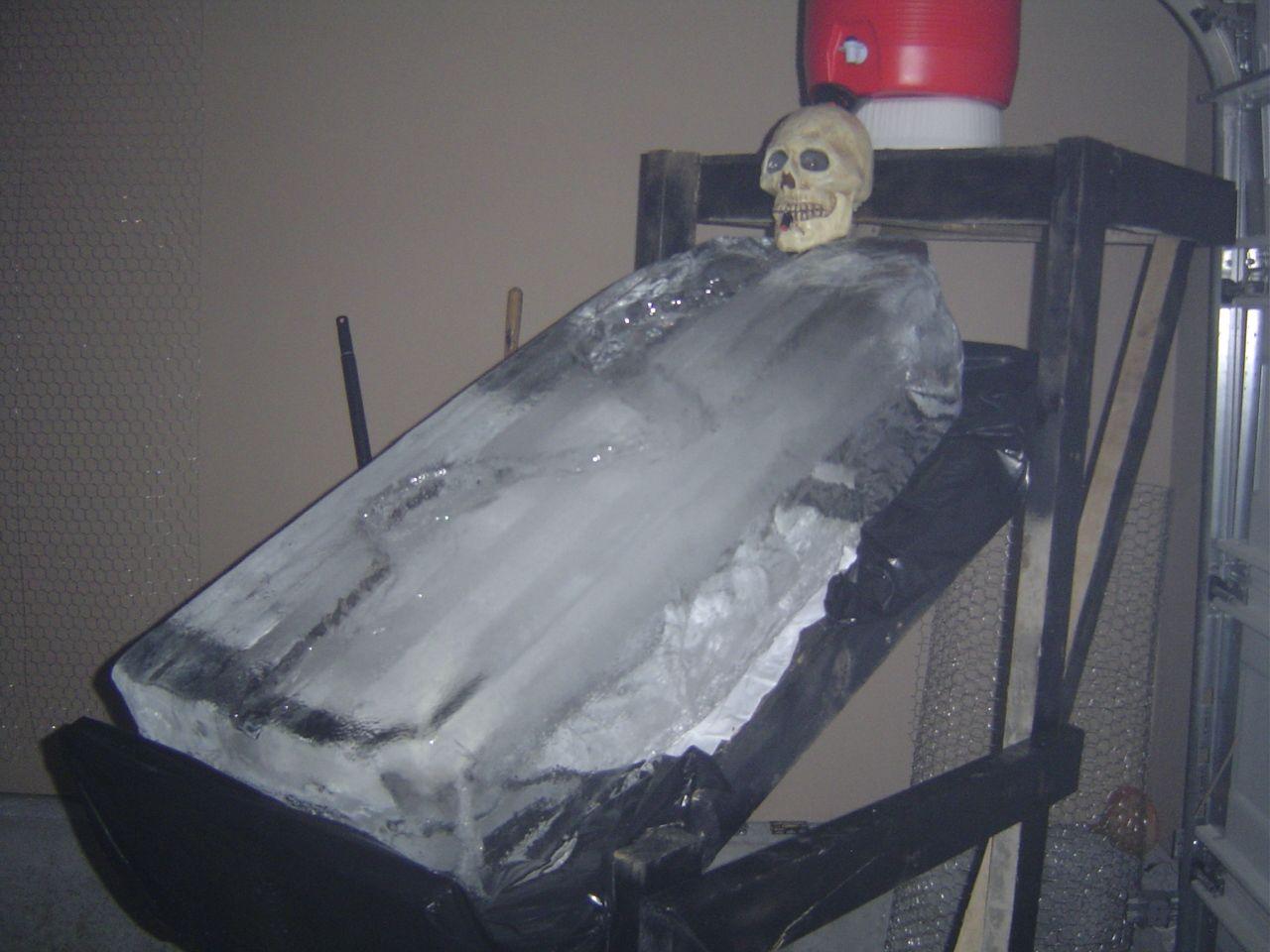 Skull Ice Luge 2x4 Frame Constructed W 3 Deck Screws Platform