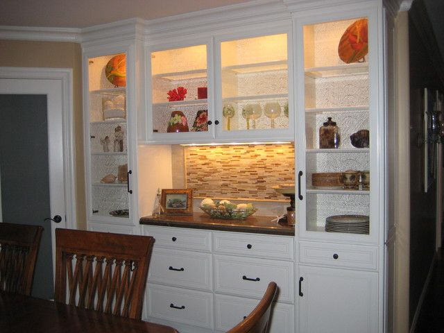 White, brown Dining Room Color Theme and Traditional Decorating ...