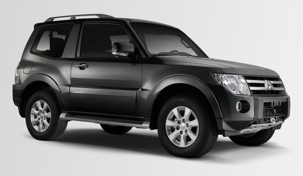 Mitsubishi montero sport 2015 google s gning cars pinterest vintage classic cars and cars