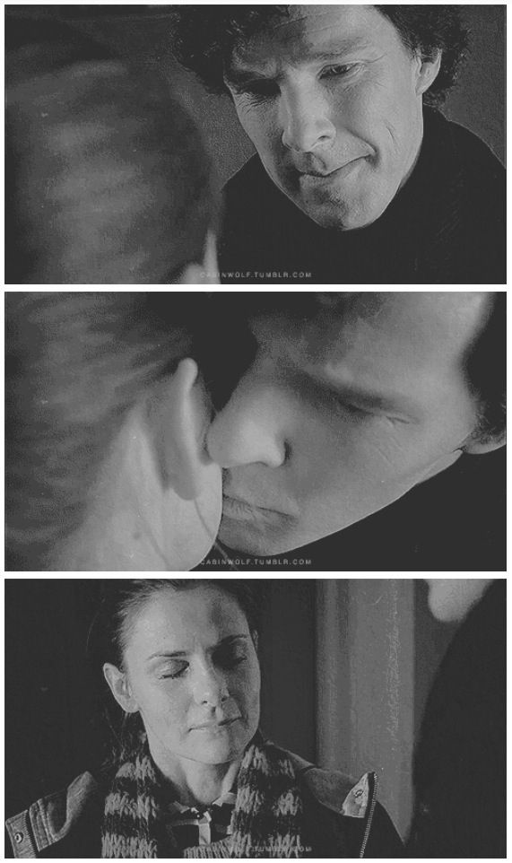 This Really Gets Me Because It Literally Cause Molly Pain When He Kisses Her  She Loves